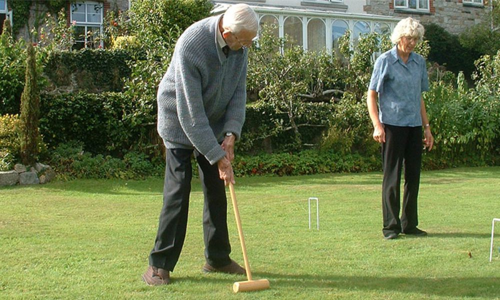 Games Games at Tracey House Elderly Care home in Devon.